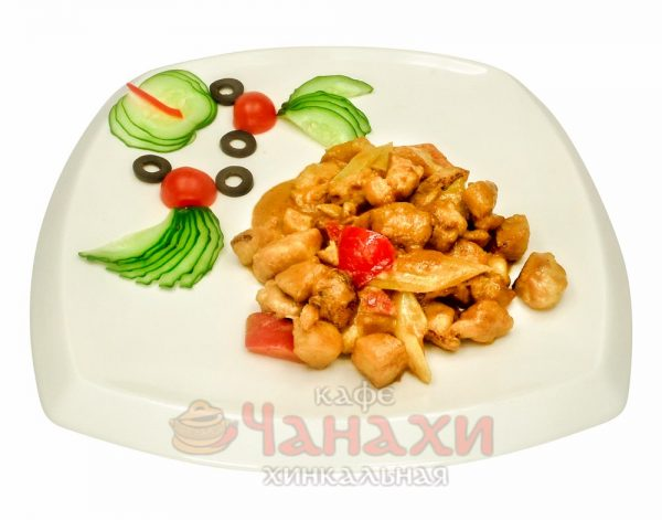 Курица в соусе карри по-тайский
